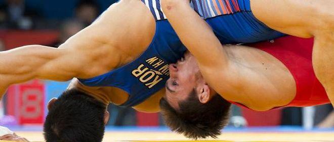 C'est une véritable levée de boucliers à travers le monde pour sauver la lutte aux Jeux olympiques.