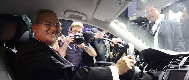 Martin Winterkorn, patron de Volkswagen, a accepté de réduire son salaire de 30 % pour l'exercice 2012. Un projet de loi visant à plafonner la rémunération de l'ensemble des dirigeants d'entreprises allemandes est à l'étude.