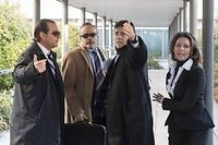 Le docteur Eufemiano Fuentes (deuxième en partant de la droite) à son arrivée au tribunal de Madrid. ©Dani Pozo