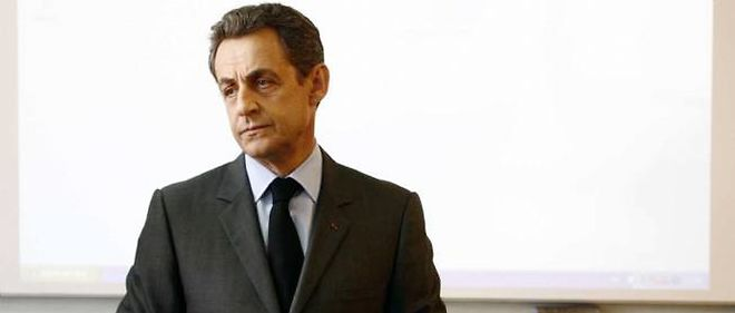 Nicolas Sarkozy va-t-il revenir en politique comme le suggèrent certains de ses proches ?