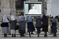 Le Pape Benoît XVI est le premier à avoir démissionné depuis 700 ans.