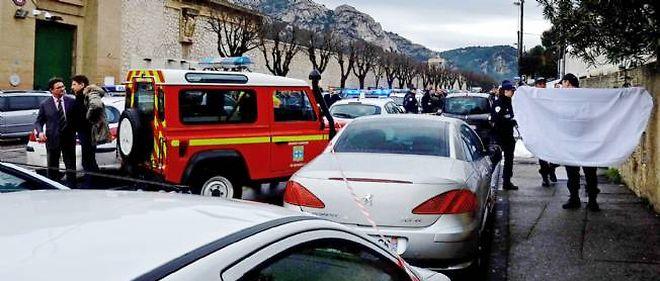 Un homme a été tué par balle, samedi matin, devant la prison des Baumettes, à Marseille.