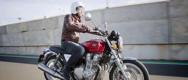 Polyvalente, la Honda CB 1100 allie avec finesse modernité et classicisme.