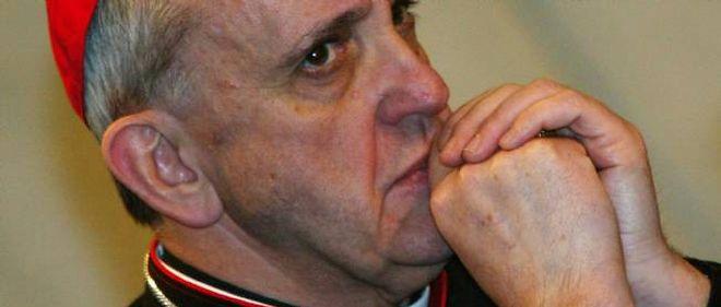 Le cardinal Bergoglio, désormais pape François, ici en 2003.
