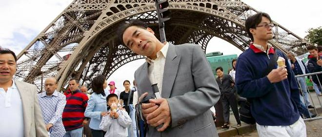 Plus d'un million de Chinois se rendent désormais chaque année en France pour faire du tourisme, selon l'Association chinoise du tourisme.