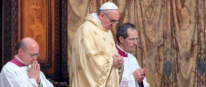 Le pape François à la chapelle Sixtine, le lendemain de son élection.