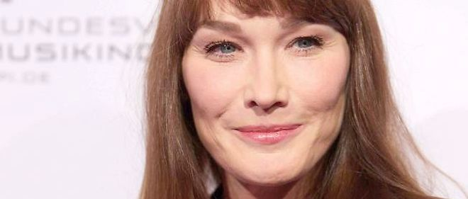 "Carla Bruni-Sarkozy signe un nouvel album, intitulé ""Little French Songs""."