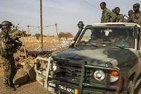 Un premier contingent de 570 soldats maliens entame mardi au Mali une formation par des instructeurs militaires de l'Union européenne. ©EPA