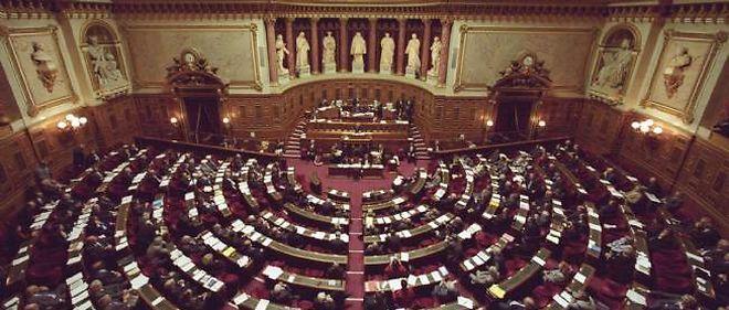 Les sénateurs ont commencé à débattre du projet de loi sur le mariage homosexuel.