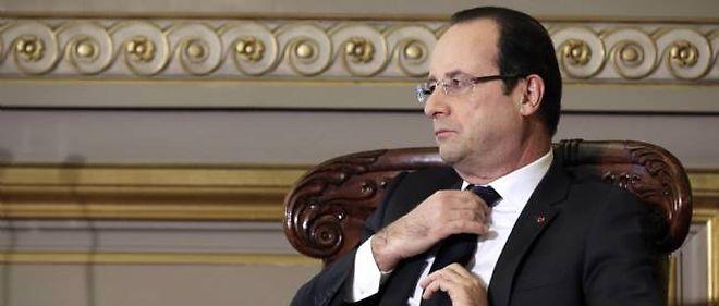 François Hollande peut-il éviter de procéder à un remaniement du gouvernement ?