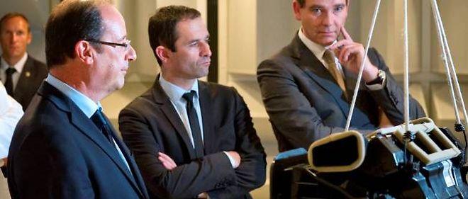 """Benoît Hamon et Arnaud Montebourg contestent ouvertement la politique de """"sérieux budgétaire"""" menée par le président de la République."""