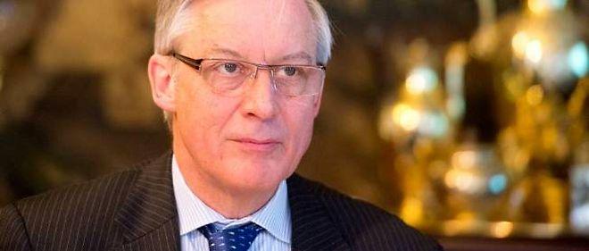 """Le gouverneur de la Banque de France estime que le gouvernement n'a """"pas le choix""""."""
