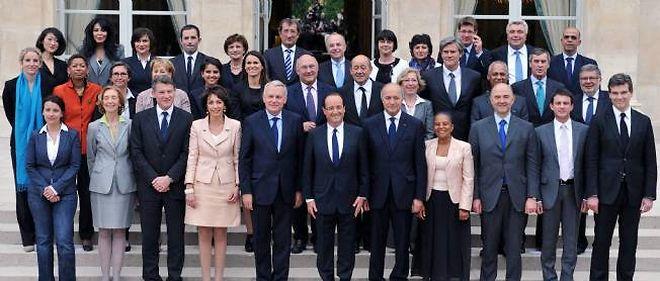 Photo de famille à l'époque où Jérôme Cahuzac était encore ministre délégué au Budget.