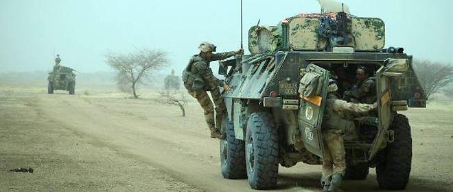 Des soldats du 92e régiment d'infanterie au Mali.