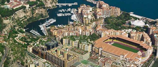 Vue aérienne du stade Louis II, à Monaco, accueillant les rencontres à domicile de l'ASM.