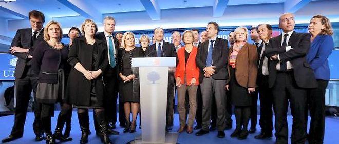 Le 15 janvier 2013, l'équipe de direction de l'UMP fraîchement nommée donne le change autour de Jean-François Copé.