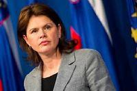 Alenka Bratuse, le premier ministre du pays, lors de sa conférence de presse, jeudi 9 mai. ©Jure Makovec