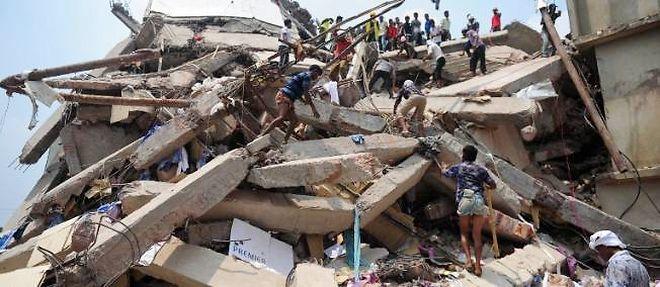 L'immeuble de huit étages qui s'est effondré comme un château de cartes. ©Munir Uz Zaman