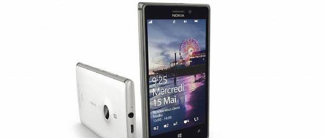 Le nouveau Nokia Lumia 925.
