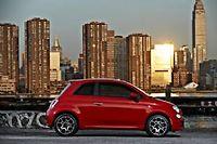 Le choc des mondes n'effraie pas Fiat qui diffuse déjà aux États-Unis la 500. De là à transférer le siège social turinois outre-Atlantique, c'est une toute autre affaire qu'il faudra négocier avec le gouvernement italien