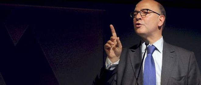 Pierre Moscovici défend ses équipes bec et ongles.