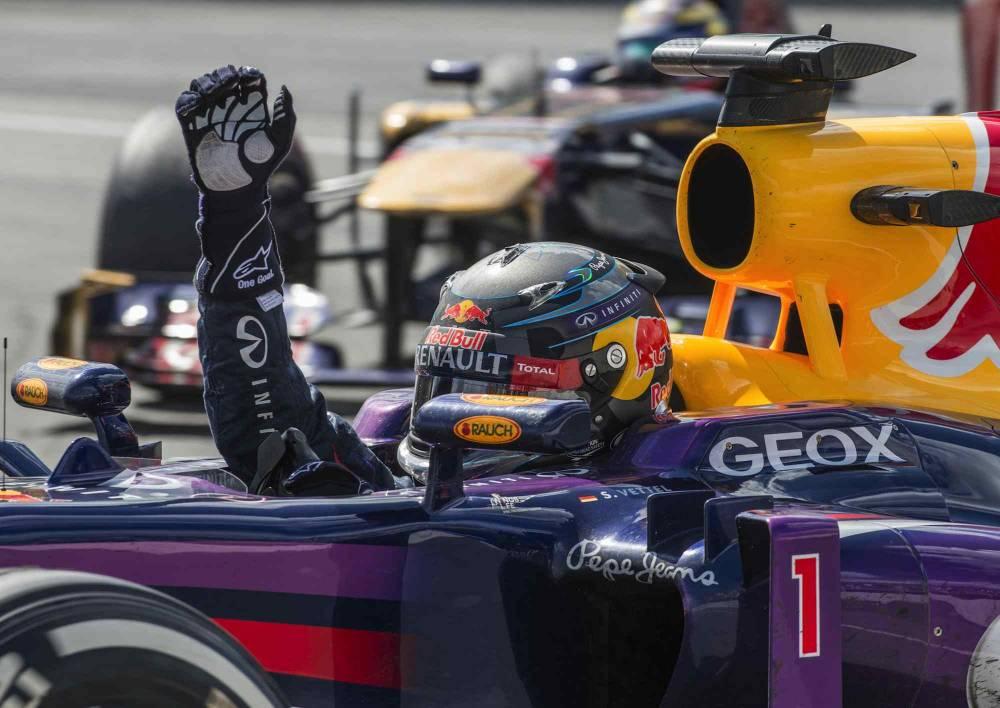 La joie de Sebatian Vettel à l'issue de la course. © Rogerio Barbosa / AFP ©  Rogerio Barbosa / AFP