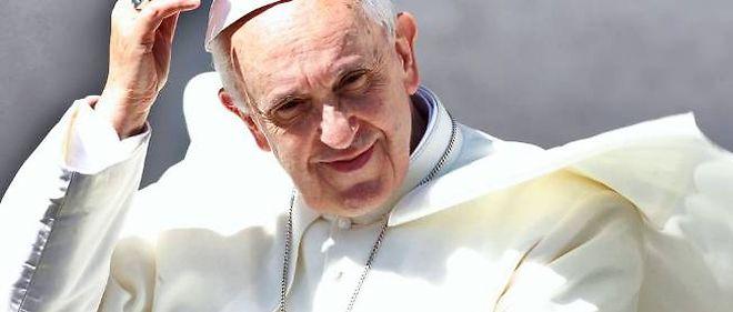 Le pape François a prévu de recevoir lors d'une audience privée samedi à midi les sénateurs et députés membres des groupes d'amitié France - Saint-Siège.