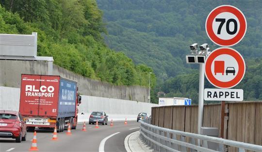 Les radars tronçon controlent des portions de route jusqu'à 20 km