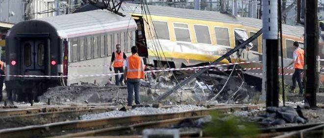 Un train effectuant la liaison Paris-Limoges s'est accidenté en gare de Brétigny-sur-Orge vendredi 12 juillet faisant au moins six morts.