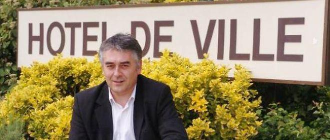 Gilles Bourdouleix.