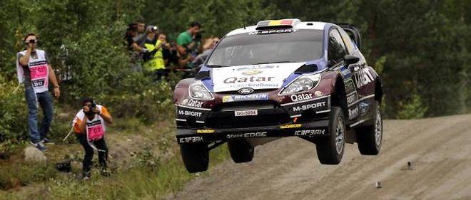 Ogier compte un nouvel adversaire bondissant avec le belge Thierry Neuville qu'il a déjà côtoyé chez Citroën. Au volant de la Ford désormais, celui-ci a fait étalage de son talent en Finlande.