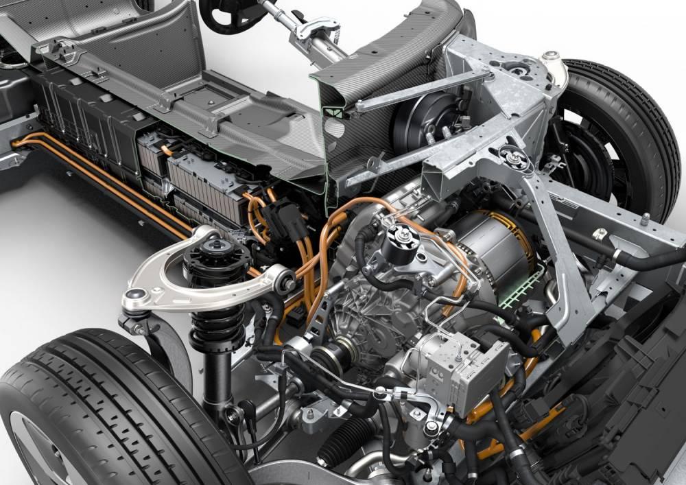 Le moteur électrique entraînant les roues avant via une boîte automatique 2 vitesses est repris de l'i3. ©  BMW