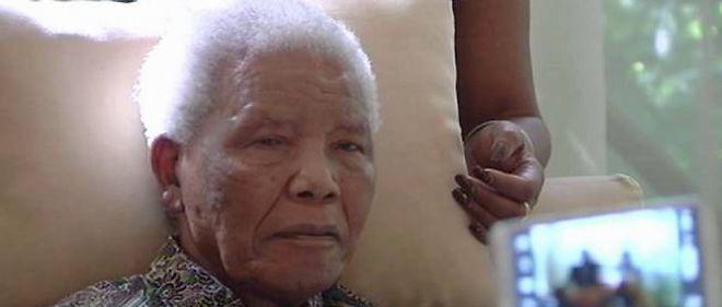 Nelson Mandela sur les dernières images diffusées de lui, fin avril 2013.