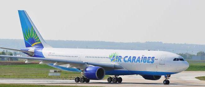 Photo d'illustration : un Airbus A330 d'Air Caraïbes au roulage sur les pistes de l'aéroport international d'Orly.
