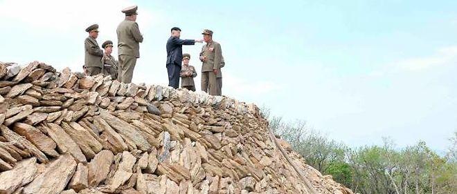 Kim Jong-un sur le chantier de la station de ski au col de Masik