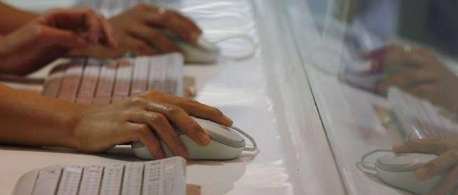 Des responsables américains ont reconnu que la NSA avait intercepté des courriels illégalement.