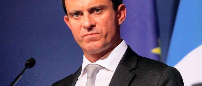 Manuel Valls se défend d'avoir si peu que ce soit envisagé la fin du regroupement familial.