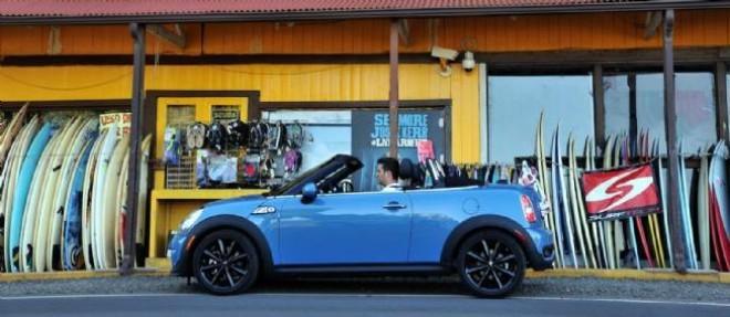 Pimpante et pourvue d'un catalogue d'accessoires conséquent, la Mini Roadster peut vraiment devenir la votre, sur mesure.