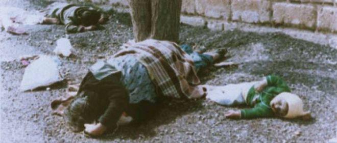 Des victimes de l'attaque chimique de Saddam Hussein contre la ville kurde irakienne d'Halabja, en 1988.