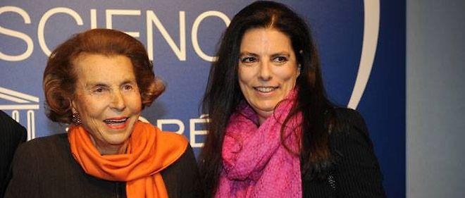 Liliane Bettencourt et sa fille, Françoise. Le 3 mars 2011 à Paris.