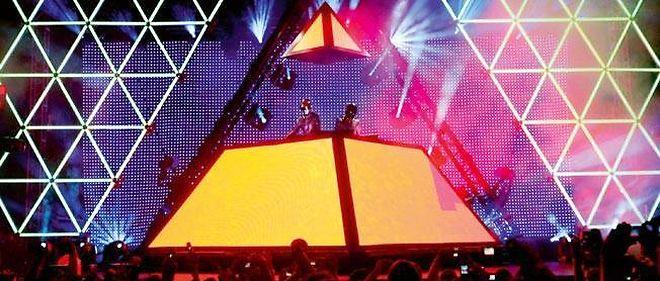 Daft Punk en live au Festival de Coachella (Californie), en 2006.