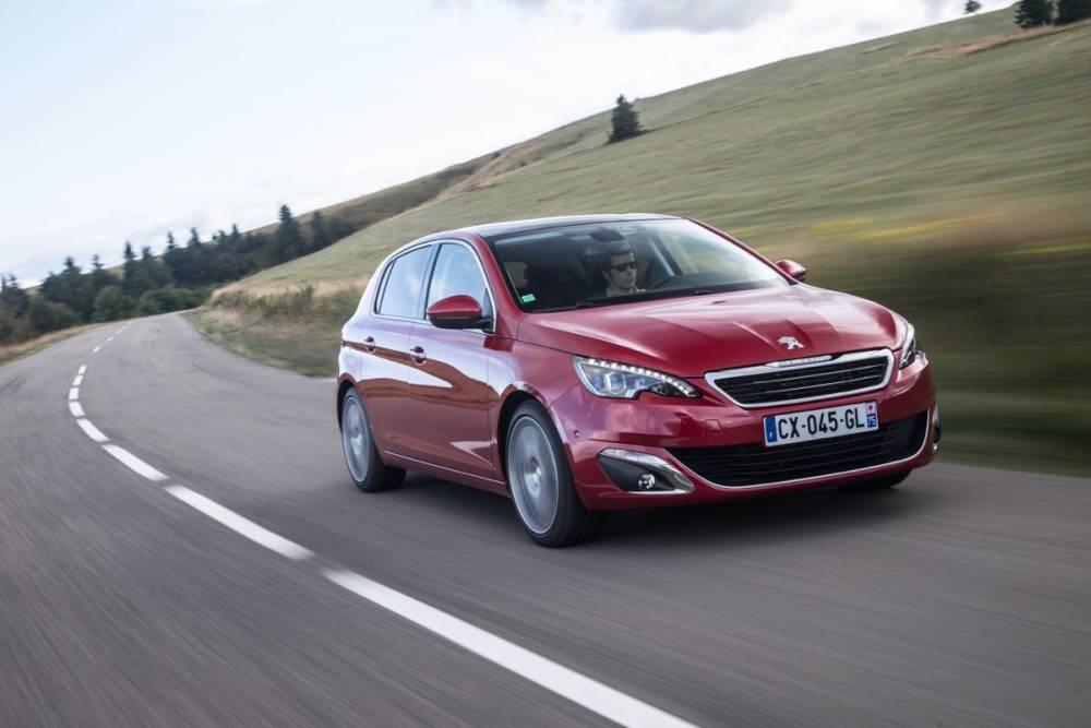 Très sobre, la Peugeot 308 1.6 BlueHdi (82 g/km) prouve que l'objectif des 95 g/km n'est pas hors d'atteinte pour un constructeur généraliste. ©  PEUGEOT TIBO