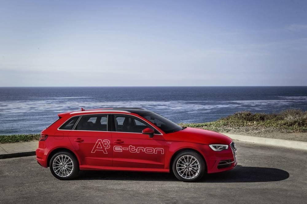 Plus polyvalentes que les électriques, les hybrides rechargeables telles que l'Audi A3 e-tron (35 g/km) pourraient devenir le moyen le plus efficace pour les constructeurs de réduire leurs émissions de CO2. ©  AUDI