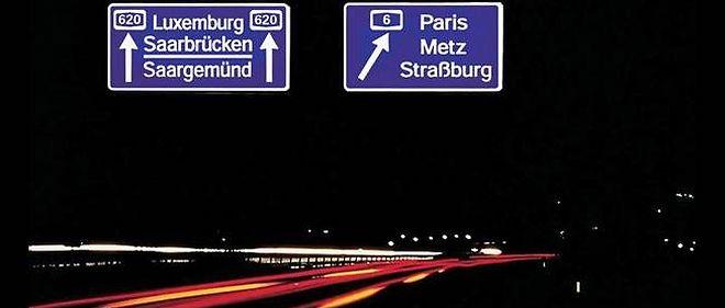 La route du futur selon les Français commence à se rapprocher de la route vue par les Allemands. Le projet de réduction de CO2 à l'horizon 2020 commence à être perçu comme intenable par les constructeurs français.