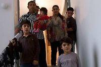 La famille Dibrani à Mitrovica. ©Visar Kryezyu/Sipa