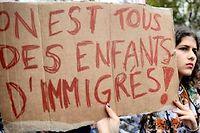 Manifestation de lycéens à Paris contre les expulsions des enfants de sans papiers scolarisés. ©Denis Prezat/Citizenside/AFP