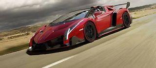 Tous les superlatifs sont convoqués pour décrire cette voiture la plus chère au monde mais aussi la plus exceptionnelle. Signe distinctif, elle n'a pas de toit.