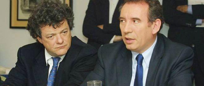 Après plus de onze ans de séparation, Jean-Louis Borloo et François Bayrou vont sceller le rapprochement des formations centristes UDI et MoDem pour les élections de 2014.
