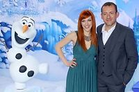 Dany Boon et la chanteuse-comédienne Anaïs Selva qui double Elsa, héroïne de Reine des Neiges. ©DR