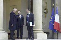 Jean-Marc Ayrault et Pierre Moscovici vont devoir mener à bien un chantier délicat en quelques mois, avant la présentation du budget 2015 à l'automne prochain. ©Miguel Medina